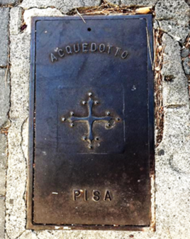 Sewer cover from Pisa, Italy, tweeted to #drainspotting by Laura Tegethoff.