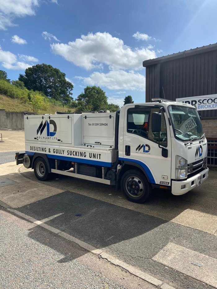 The RioCom is used in both urban and rural areas for desilting operations